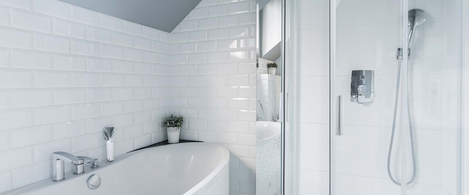 Contemporary white bath and shower room